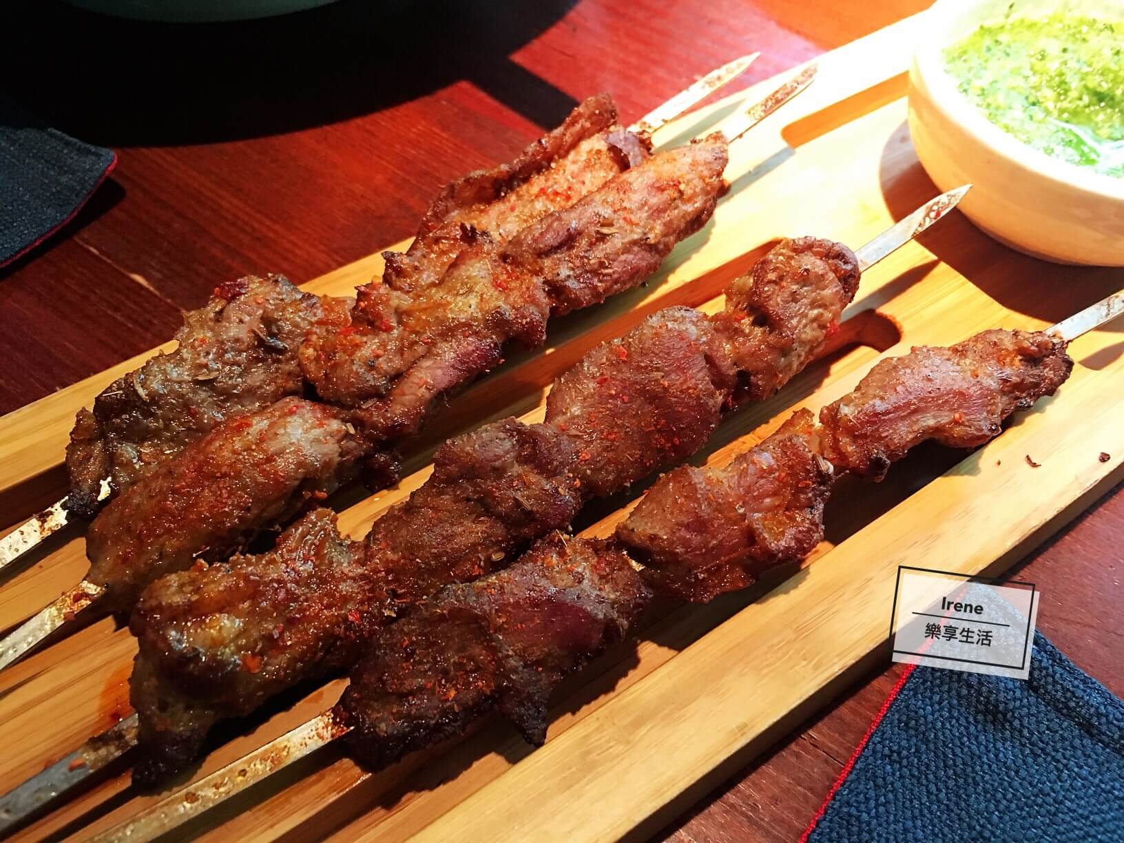 上海花馬天堂絲綢之路餐廳/新疆羊肉串